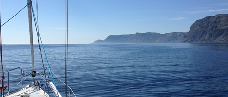 Segeln an Norwegens Küste