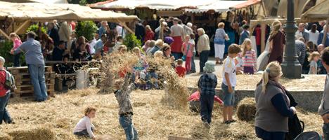 Lebendige Geschichte beim Heider Marktfrieden